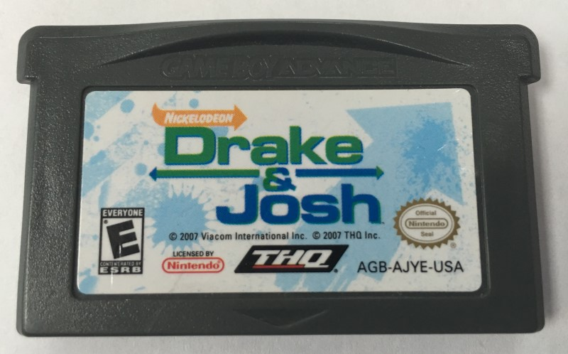 NINTENDO GAME BOY DRAKE& JOSH.