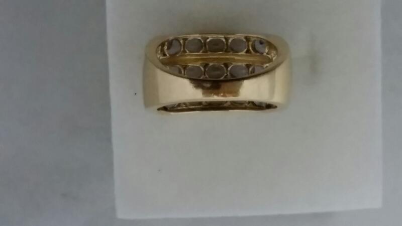 Tanzanite Women's Stone Ring ,14K Yellow Gold, 6.2 Gram weight