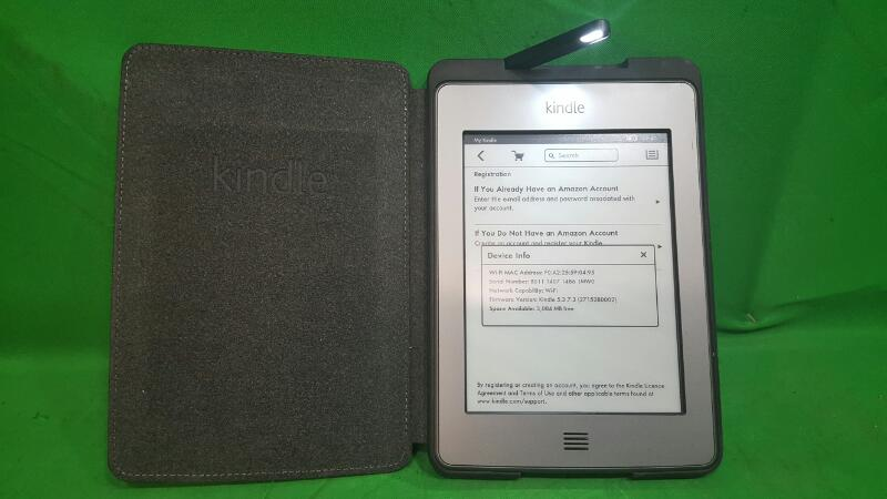 """Amazon Kindle Touch D01200 4th Gen WiFi 6"""" eBook Reader"""
