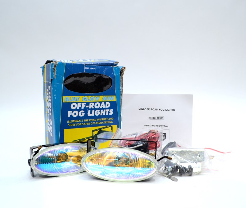 ! Miscellaneous Tool Quanity Blue Glow Fog Lights 12V Adapter Level