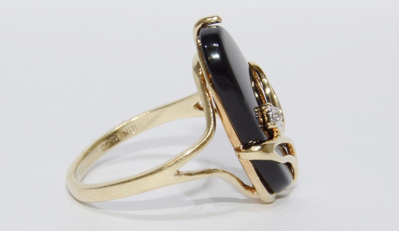 10K Yellow Gold Vintage Inspired Black Onyx & Floral Diamond Cocktail Ring 6.5