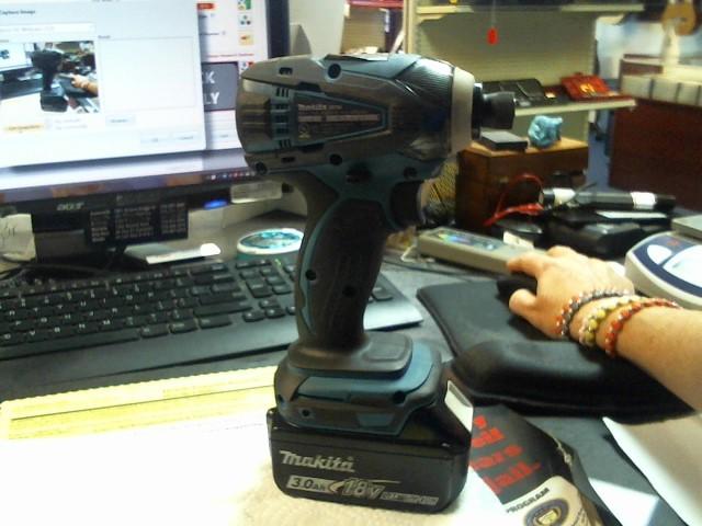 MAKITA Impact Wrench/Driver XTD04