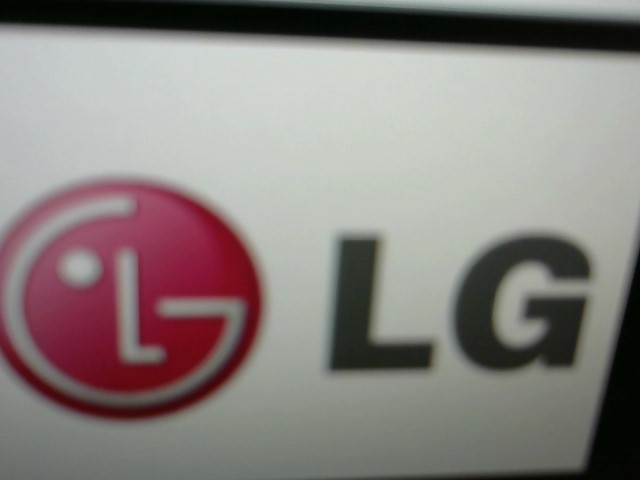 LG Flat Panel Television 37LC2D