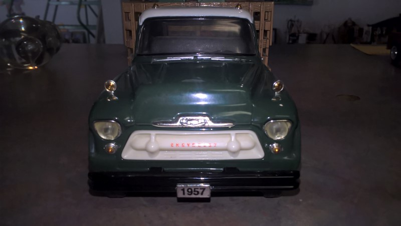 ERTL DIECAST Toy Vehicle WEIL-MCLAIN BOILER TRUCK