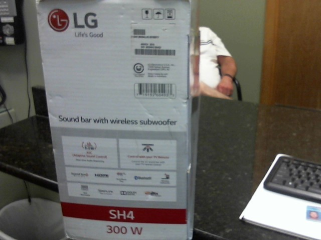 LG Home Media System SOUND BAR SH4