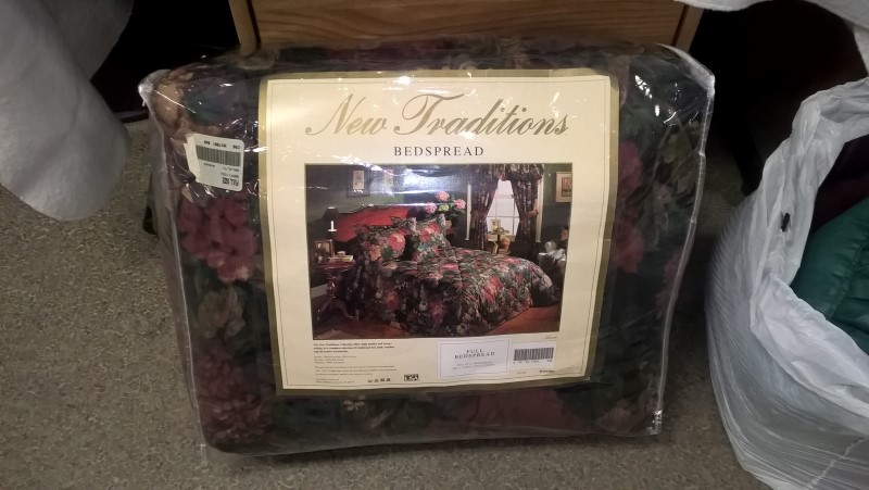NEW TRADITIONS FULL BEDSPREAD
