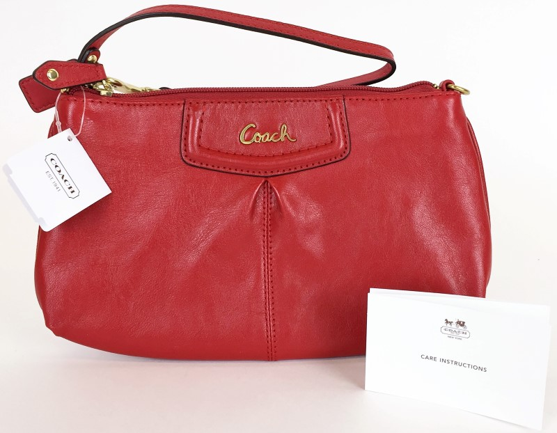 COACH ASHLEY LEATHER LARGE WRISTLET F48103