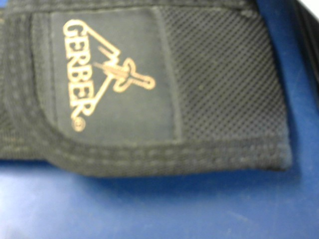GERBER Pocket Knife 22-01470