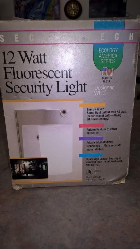 SECURITECH Light/Lamp 12 WATT OUTDOOR SECURITY LIGHT