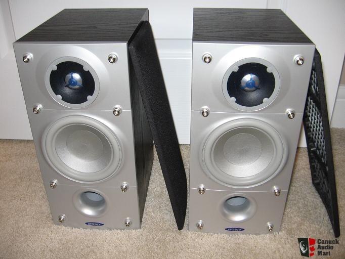 ENERGY CONNOISSEUR Speakers C-1