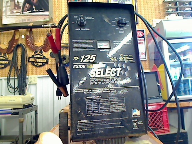 EXIDE Misc Automotive Tool NASCAR SELECT BATTERY CHARGER