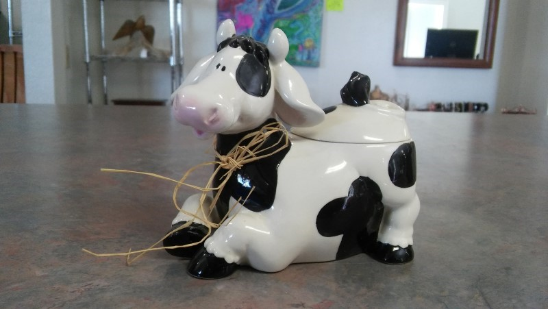 COW DECOR Collectible Plate/Figurine TEA CANDLE HOLDER