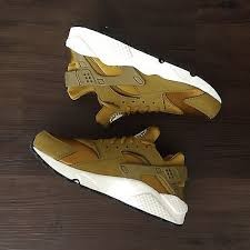 NIKE Shoes/Boots WMNS AIR HUARACHE RUN BRON