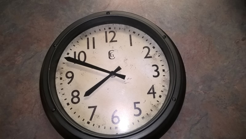GENEVA CLOCK COMPANY Clock CLOCK