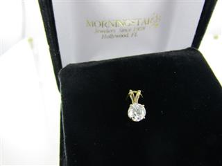 14 KT YELLOW GOLD DIAMOND PENDANT 0.3DWT/Y