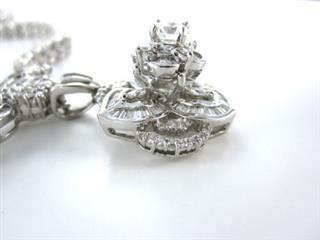 18KT WHITE GOLD NECKLACE 205 DIAMOND FLOWER 23.8DWT FINE JEWELRY 3CT