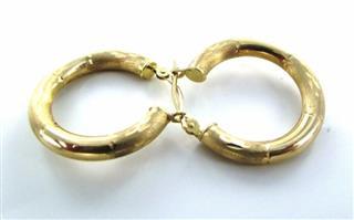 14KT YELLOW GOLD DIAMOND CUT DESIGN HOOP EARRINGS
