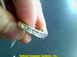 DIAMOND  WEDDING BAND L'S 10KT DIAMOND WHITE GOLD SIZE 7, WITH DIAMOND ALL AROUN