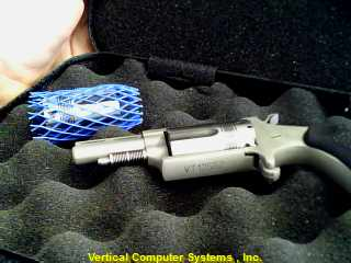 NORTH AMERICAN ARMS Revolver NAA-22MC-TW