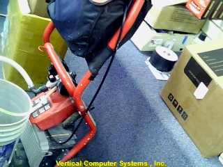 M42910-21  MILWAUKEE  PAINT SPRAYER RED