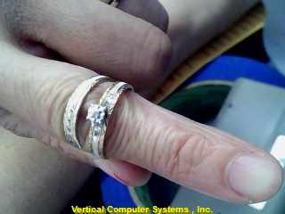 DIAMOND Lady's Gold Ring 10K 2 Tone Gold 2.2dwt Size:6.5