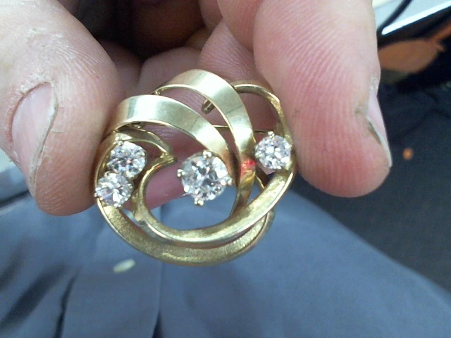 Gold-Diamond Brooch 4 Diamonds 1.70 Carat T.W. 14K Yellow Gold 4.9g