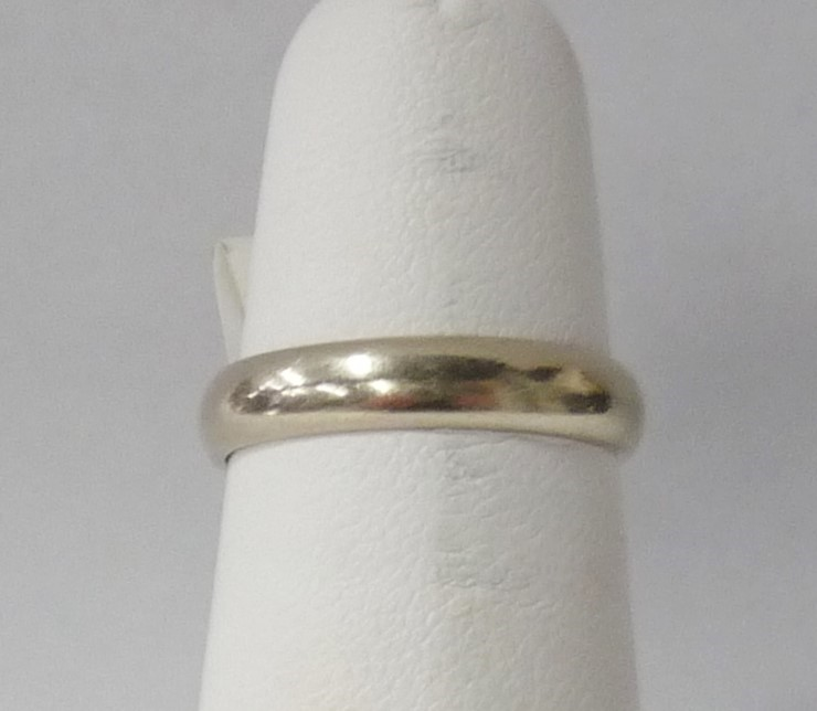 Lady's Gold Wedding Band 14K White Gold 1.78dwt