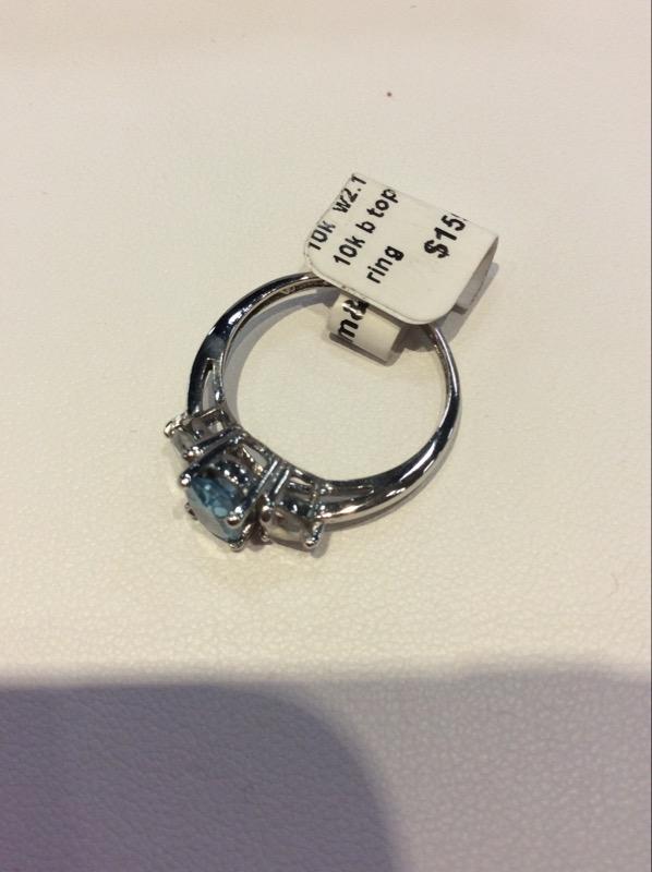 Lady's Gold blue and white topaz Ring 10K White Gold 2.1g
