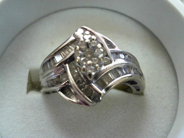 Lady's Diamond Wedding Set 25 Diamonds .75 Carat T.W. 10K White Gold 5.5g