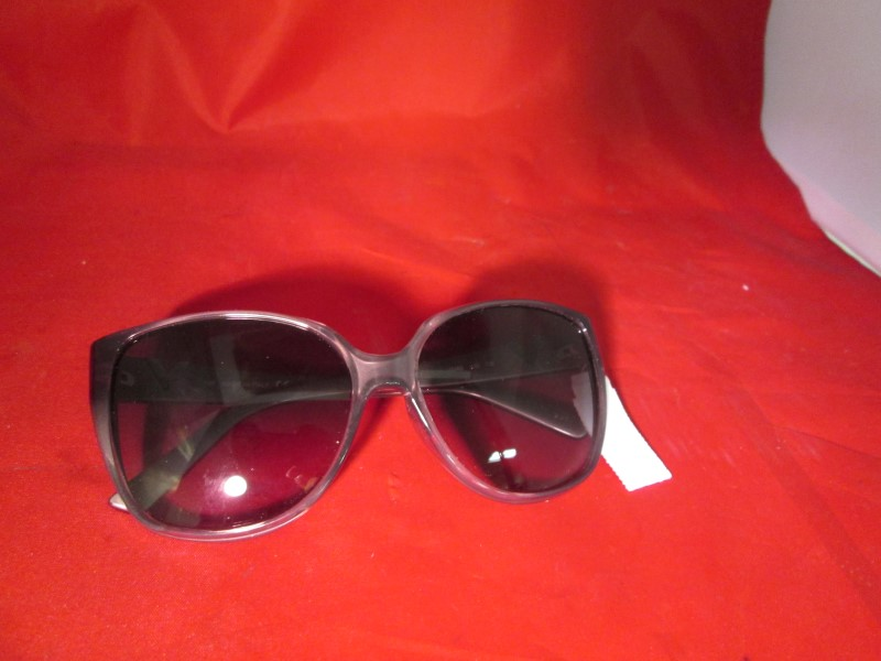 VALENTINO Sunglasses V624S CATS EYE SUNGLASSES