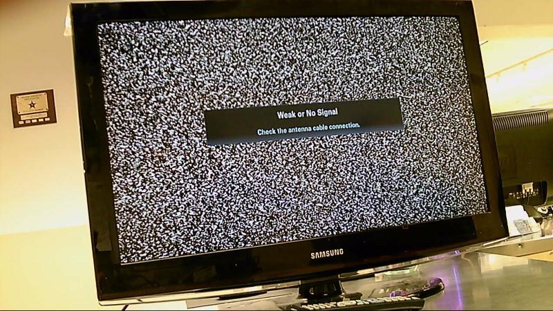 """SAMSUNG TV 32"""" LN32C450E1D (NO REMOTE)"""