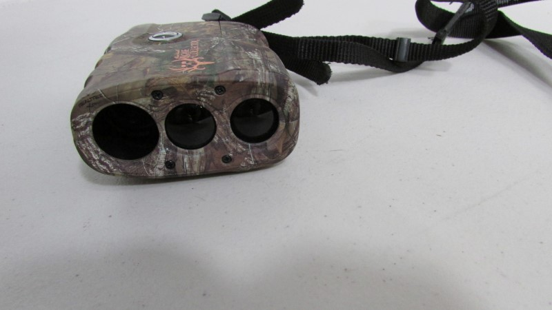 BUSHNELL Hunting Gear SPORT 850