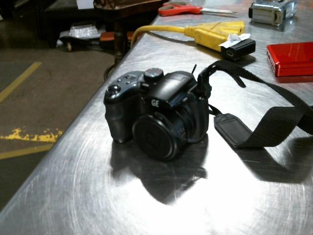 GE Digital Camera X500