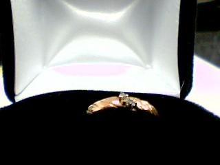 Lady's Diamond Cluster Ring 3 Diamonds .09 Carat T.W. 14K Yellow Gold 2.5g