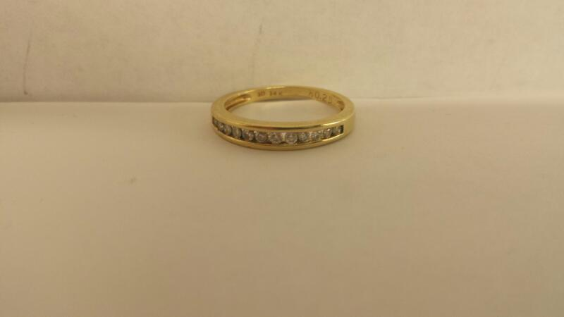 Lds 14K-YG Diamond Wedding Band: 12 Diamonds .24Cttw Size 7.5