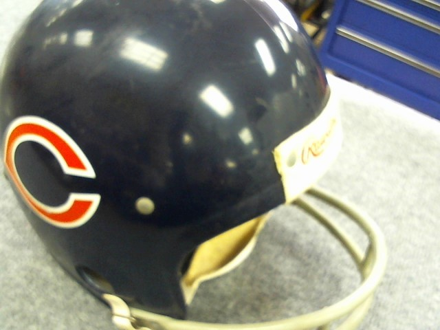 RAWLINGS Sports Memorabilia CHICAGO BEARS VINTAGE FOOTBALL HELMET