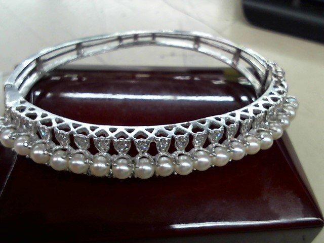 Synthetic Pearl Gold-Diamond & Stone Bracelet 40 Diamonds .40 Carat T.W.