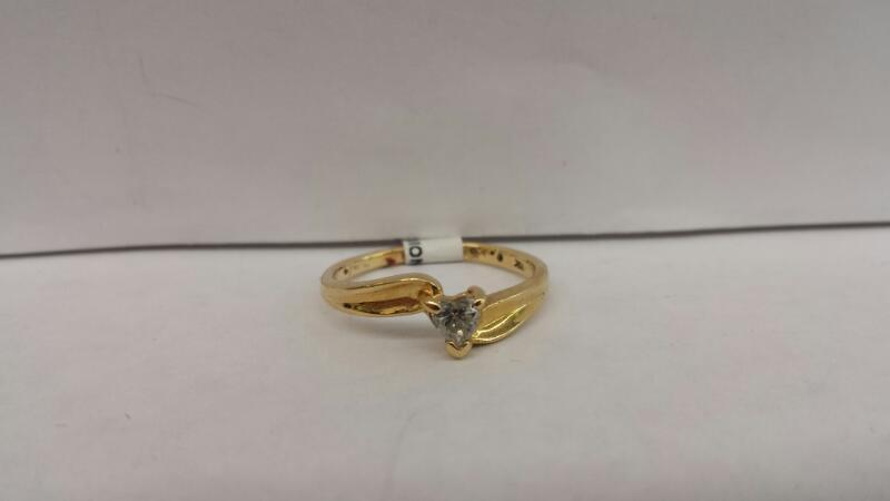 14k Yellow Gold Ring With .25 CTW Heart Diamond