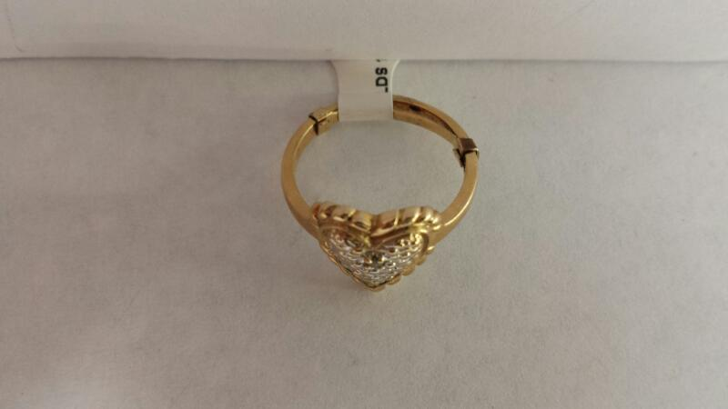 10k Yellow Gold Ring with a Heart