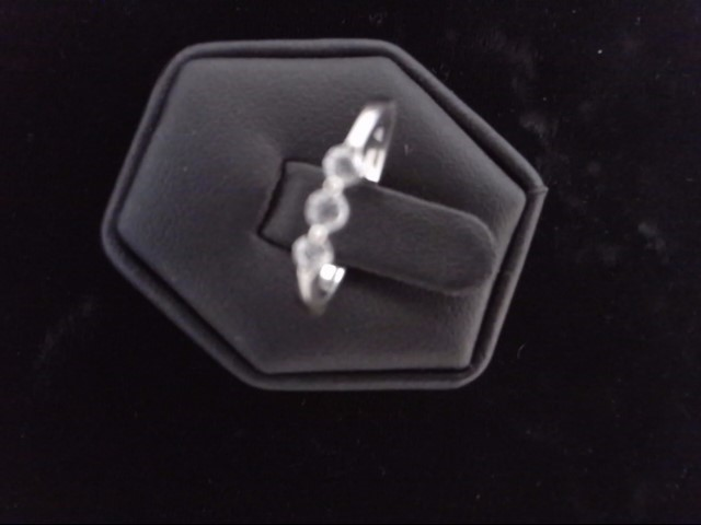Lady's Diamond Cluster Ring 3 Diamonds .15 Carat T.W. 14K White Gold 2.5g