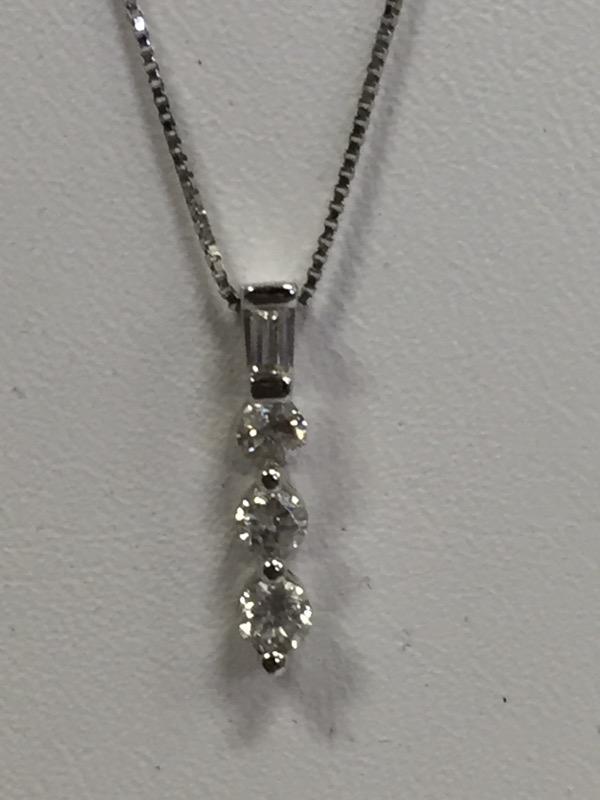"18"" PAST/PRESENT DIAMOND PENDANT W/3-ROUND BRILLIANT CUT DIAMOND 0.3CTW"