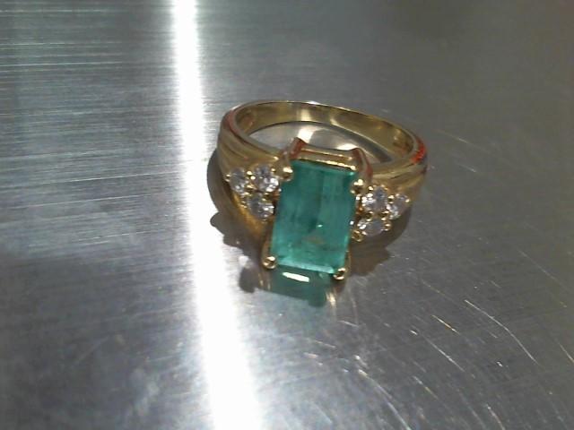Synthetic Emerald Lady's Stone & Diamond Ring 6 Diamonds .18 Carat T.W.