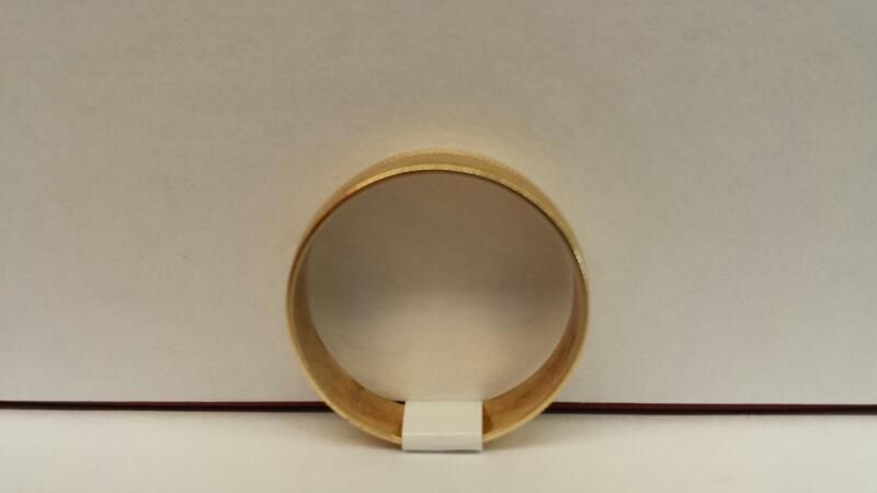 Lady's 14k Yellow Gold Carved Band