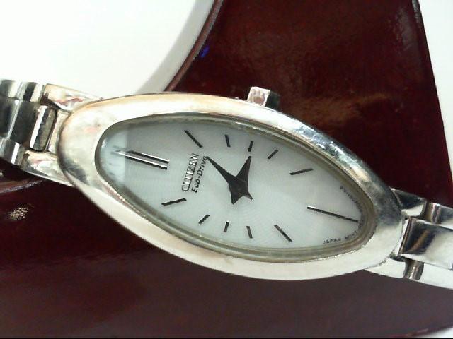 CITIZEN Lady's Wristwatch C620