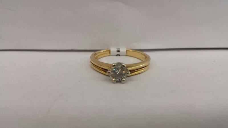 14k Yellow Gold Ring with 1 .40ct Round Diamond