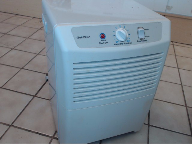 GOLDSTAR Air Purifier & Humidifier GHD30Y7