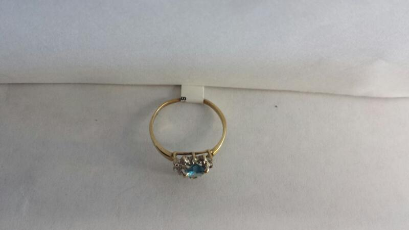 14k Yellow Gold Ring with 1 Aquamarine Heart and 1 Diamond Chip