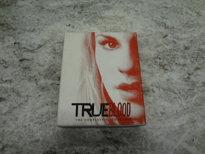 BLU-RAY MOVIE TRUE BLOOD THE COMPLETE FIFTH SEASON