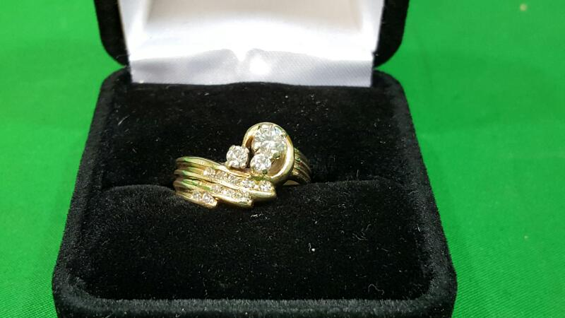 Lady's Diamond Wedding Set 13 Diamonds .57 Carat T.W. 14K Yellow Gold 5g