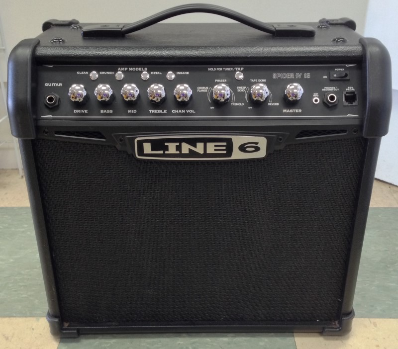 """LINE 6 SPIDER IV GUITAR AMP, 15 WATTS, 8"""" SPEAKERS, GOOD CONDITION."""